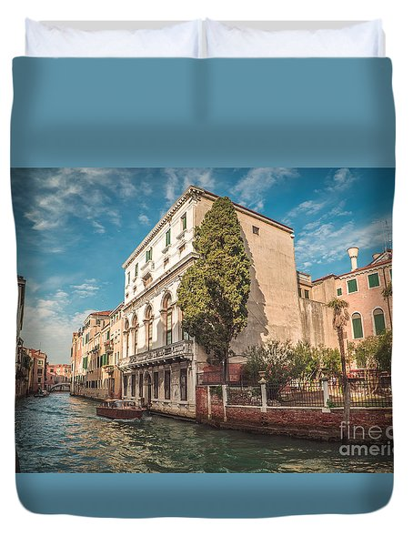 Venetian Architecture And Sky - Venice, Italy Duvet Cover