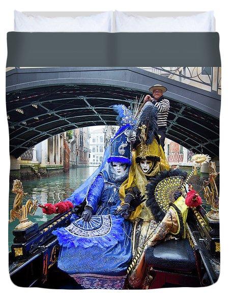 Venetian Ladies On A Gondola Duvet Cover