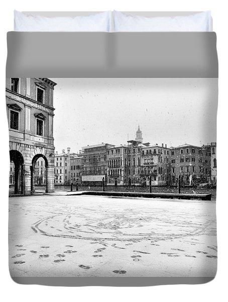 Duvet Cover featuring the photograph Venetian Memories by Yuri Santin