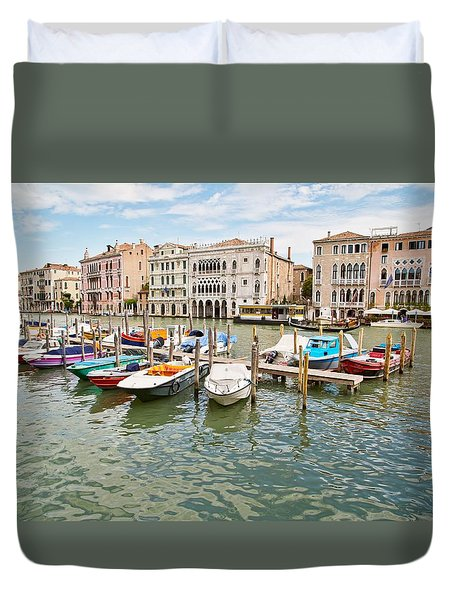 Duvet Cover featuring the photograph Venice Boats by Sharon Jones