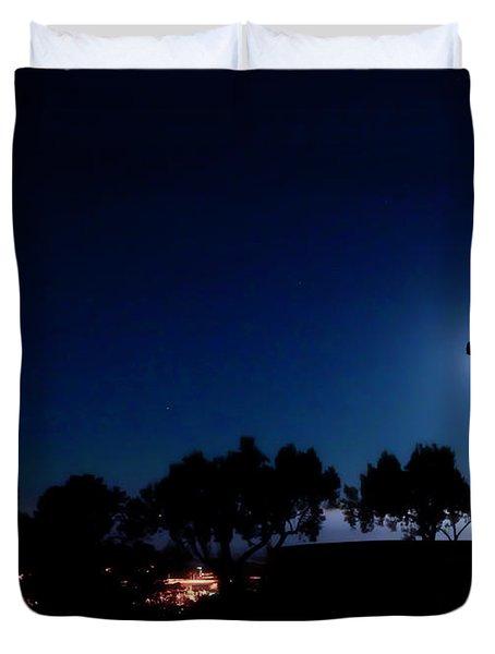 Ventura Ca Cross At Moonset Duvet Cover