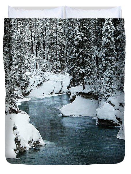 Verdant Creek - Winter 6 Duvet Cover by Stuart Turnbull