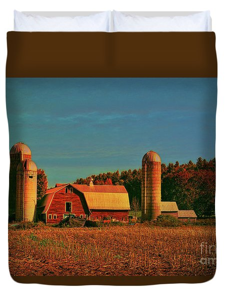 Duvet Cover featuring the photograph Vermont Autumn Barn by Deborah Benoit