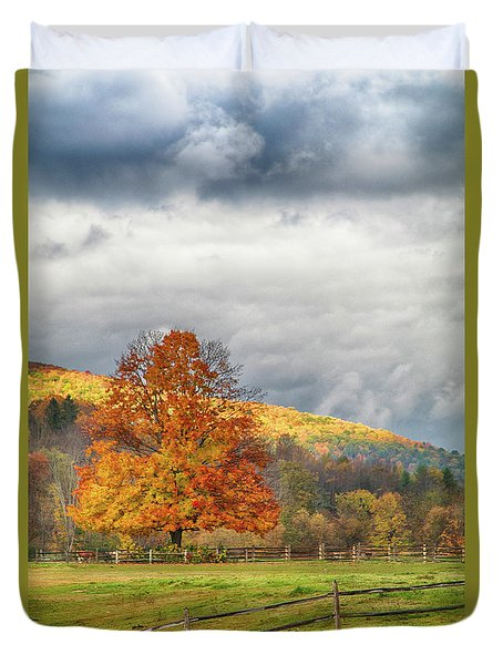 Duvet Cover featuring the photograph Vermont Fall Colors After The Rain by Jeff Folger