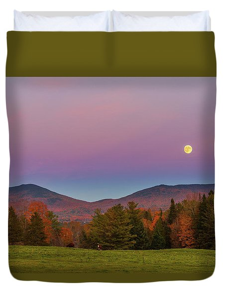Vermont Fall, Full Moon And Belt Of Venus Duvet Cover by Tim Kirchoff
