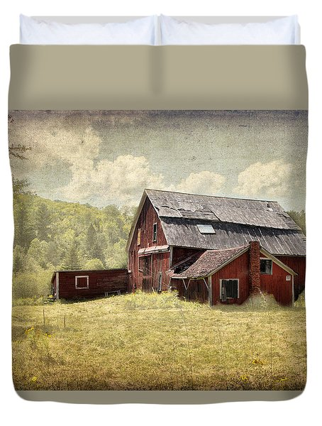 Vermont Red Barn  Duvet Cover by Betty  Pauwels