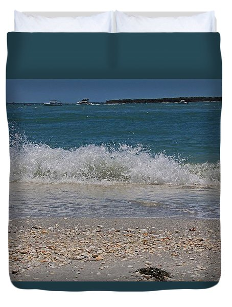 Duvet Cover featuring the photograph Verses Out Of Rhythm by Michiale Schneider