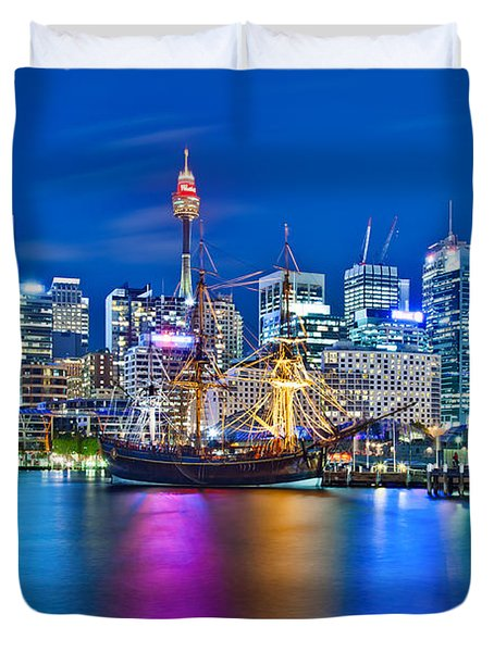 Vibrant Darling Harbour Duvet Cover