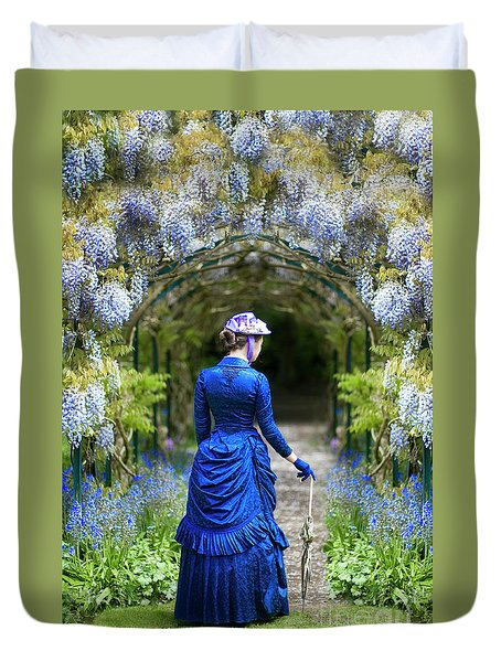 Victorian Woman With Wisteria Duvet Cover