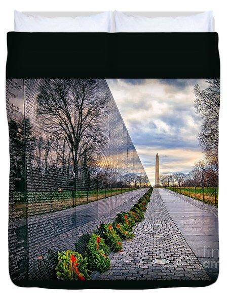 Vietnam War Memorial, Washington, Dc, Usa Duvet Cover by Sam Antonio Photography