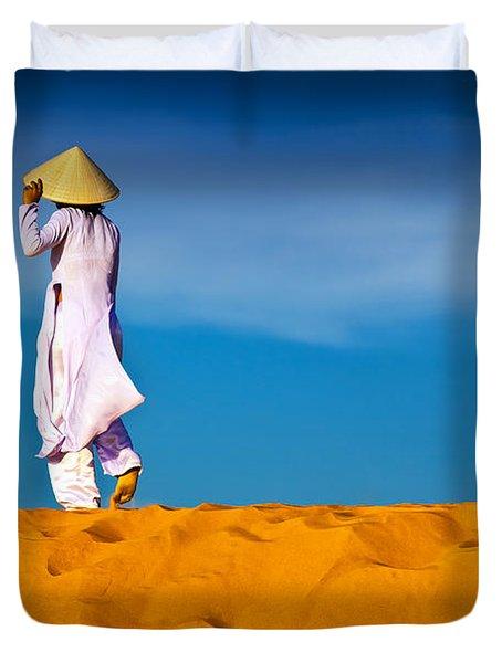Vietnamese Woman In The Red Sand Dunes Mui Ne Vietnam Duvet Cover