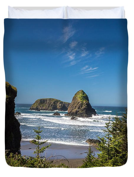View Along Oregon Coast Duvet Cover