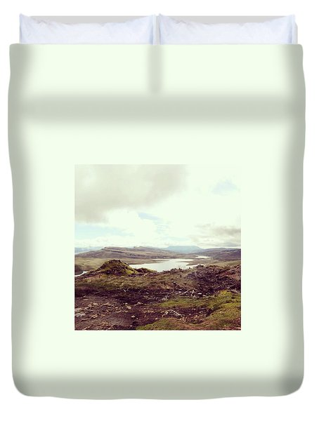 Old Man Of Storr - View Duvet Cover