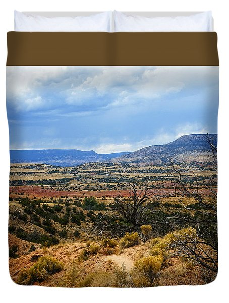 Duvet Cover featuring the photograph View From Ghost Ranch, Nm by Kurt Van Wagner