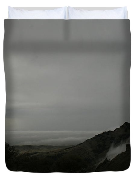 View From Sutter Buttes Duvet Cover by Suzanne Lorenz