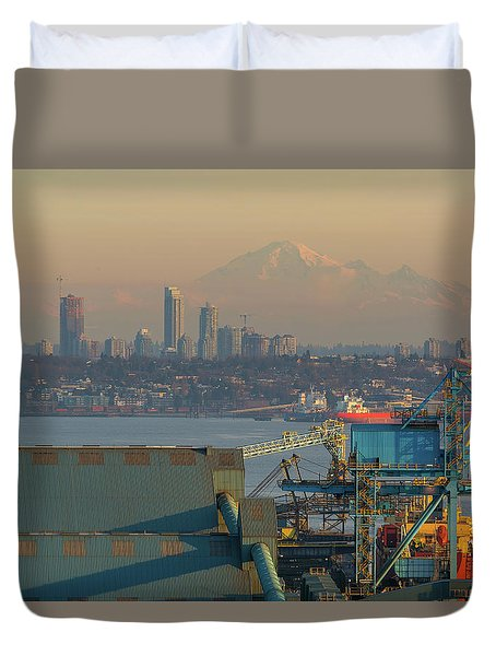 View Of Mount Baker And Vancouver Bc At Sunset Duvet Cover