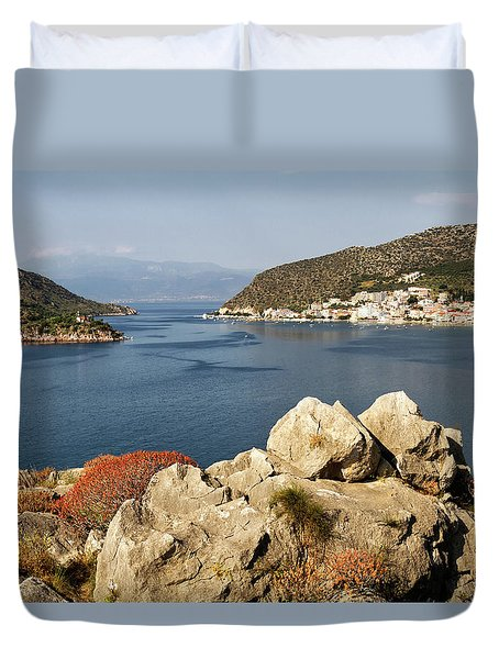 Duvet Cover featuring the photograph View Point by Shirley Mitchell