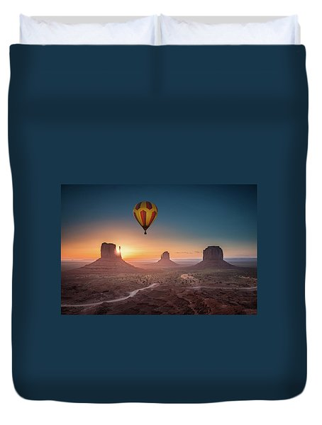 Viewing Sunrise At Monument Valley Duvet Cover