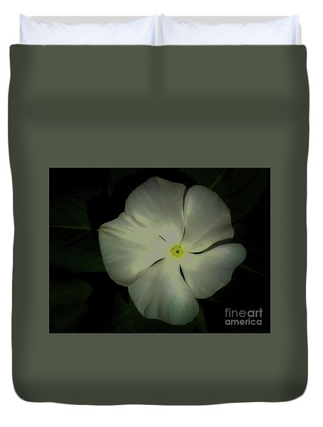 Vinca Bloom Night Glow Duvet Cover