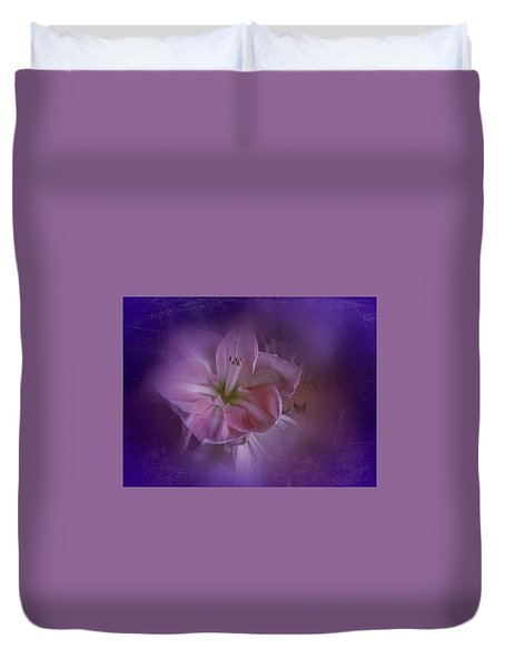 Duvet Cover featuring the photograph Vintage Amaryllis No. 3 by Richard Cummings