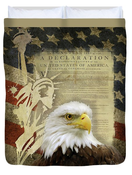 Vintage Americana Patriotic Flag Statue Of Liberty And Bald Eagle Duvet Cover