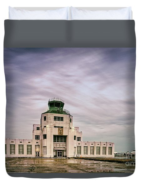 Vintage Architectural Photograph Of The 1940 Air Terminual Museum - Hobby Airport Houston Texas Duvet Cover