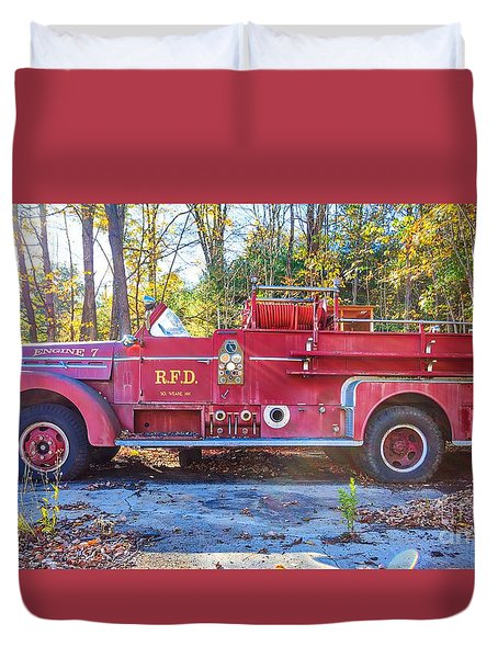 Duvet Cover featuring the photograph Vintage Fire Truck South Weare New Hampshire by Edward Fielding