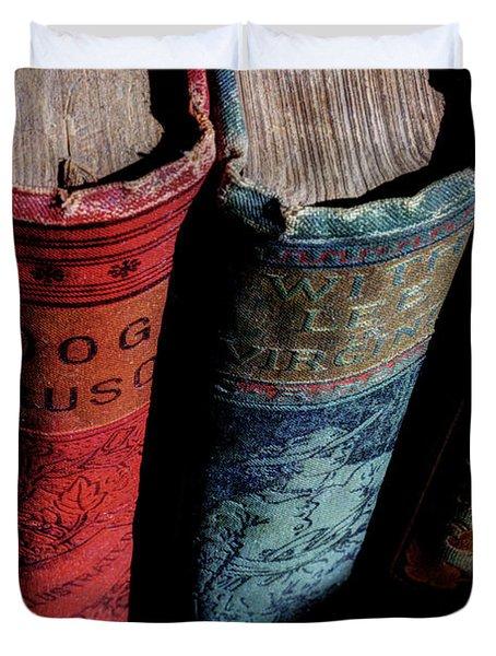 Vintage Read Duvet Cover