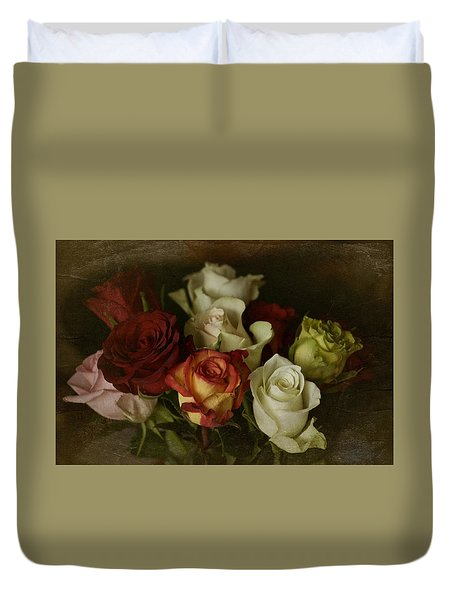 Duvet Cover featuring the photograph Vintage Roses Feb 2017 by Richard Cummings