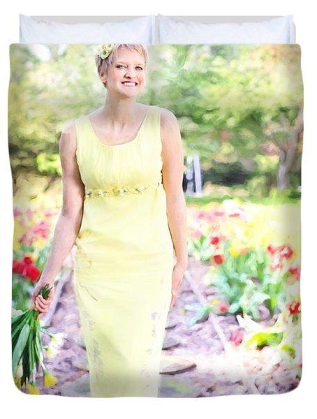 Vintage Val In Tulips Duvet Cover