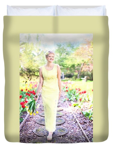 Vintage Val In Tulips Duvet Cover