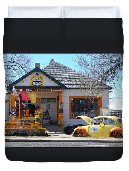 Vintage Vw Beetle At Seligman Antiques, Historic Route 66 Duvet Cover