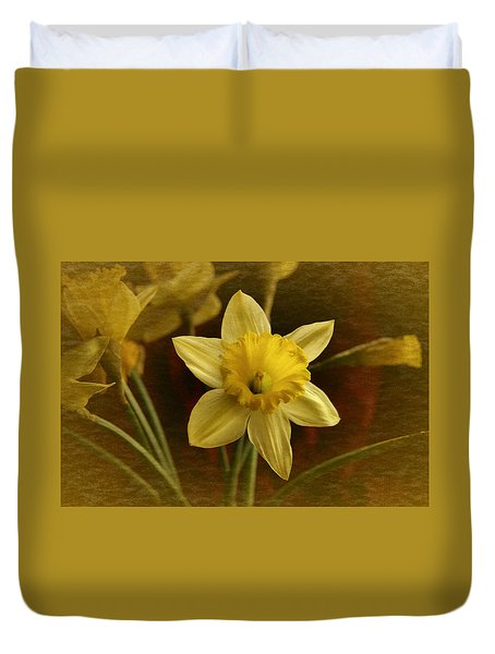 Duvet Cover featuring the photograph Vintage Yellow Narcissus by Richard Cummings