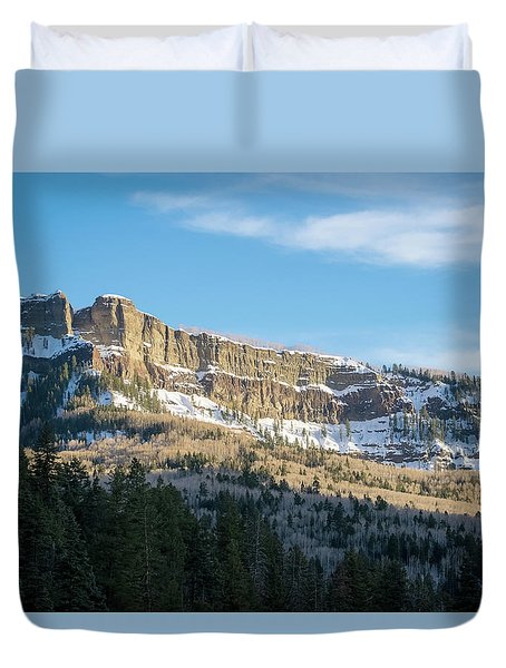 Volcanic Cliffs Of Wolf Creek Pass Duvet Cover