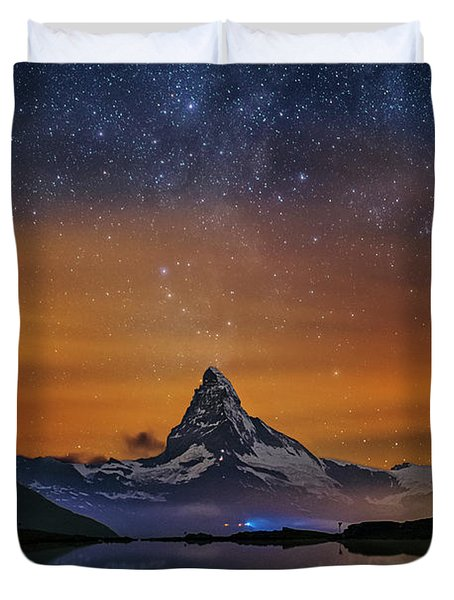 Volcano Fountain Duvet Cover