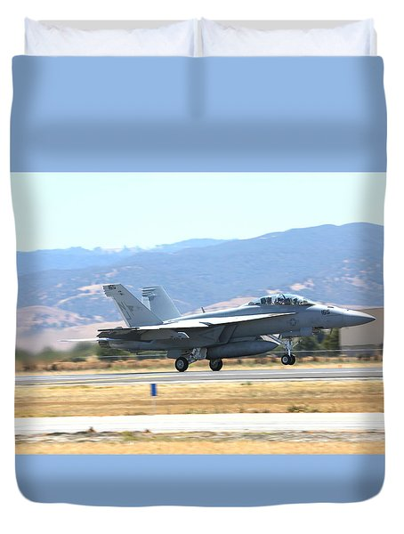 Duvet Cover featuring the photograph Vr  Mcdonnell Douglas-f/a18 Hornet Departs Hollister Air Show by John King