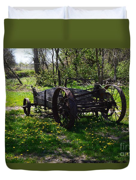 Wagon And Dandelions Duvet Cover