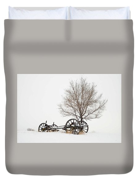 Wagon In The Snow Duvet Cover