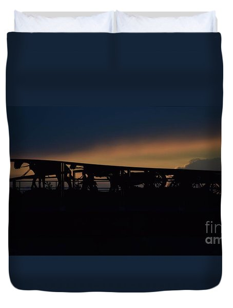 Duvet Cover featuring the photograph Wagon Train Slihoutte by Mark McReynolds