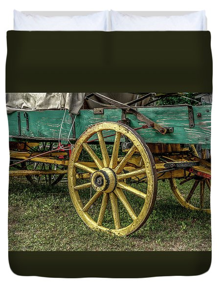 Wagon Wheel Duvet Cover by Doug Long