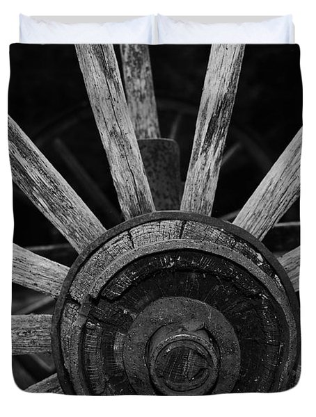 Duvet Cover featuring the photograph Wagon Wheel by Eric Liller
