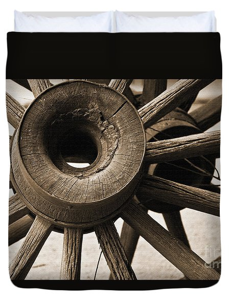 Wagon Wheel Hub Duvet Cover