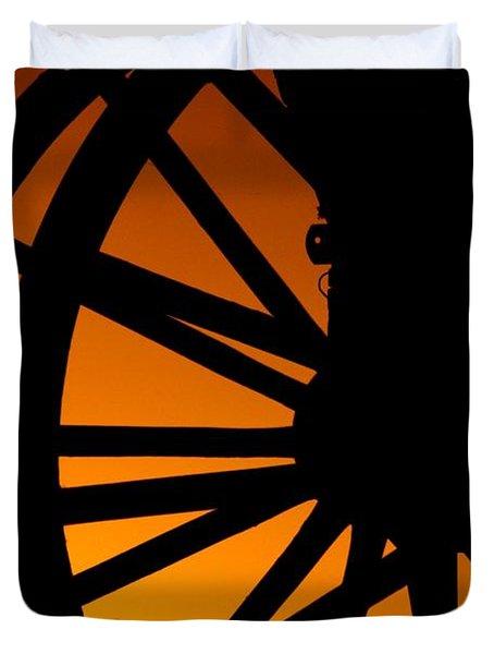 Wagon Wheel Sunset Duvet Cover