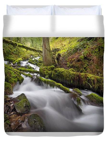 Wahkeena Creek In Green Duvet Cover by David Gn