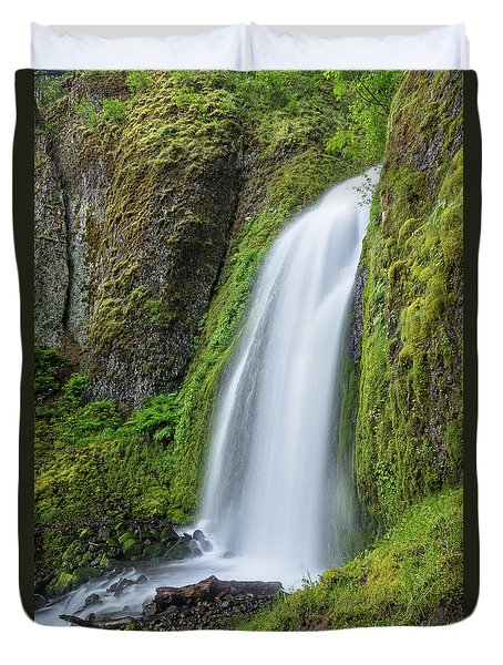 Duvet Cover featuring the photograph Wahkeena Falls by Greg Nyquist
