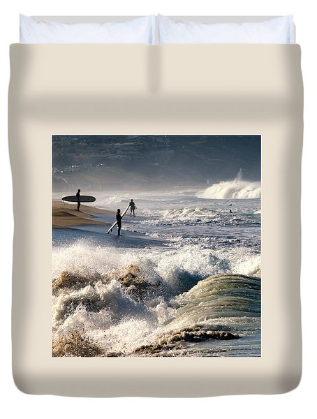 Waiting By Mike-hope Duvet Cover