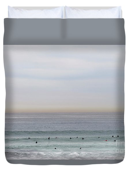 Duvet Cover featuring the photograph Waiting For The Wave by Linda Lees