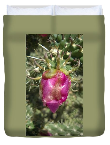 Waiting In The Desert Duvet Cover