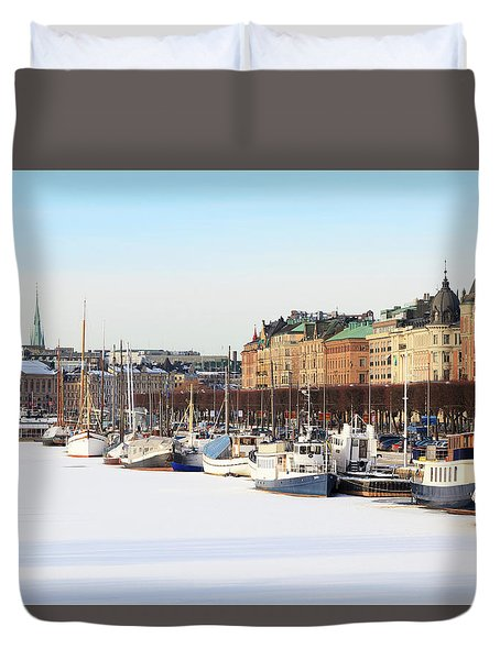 Duvet Cover featuring the photograph Waiting Out Winter by David Chandler
