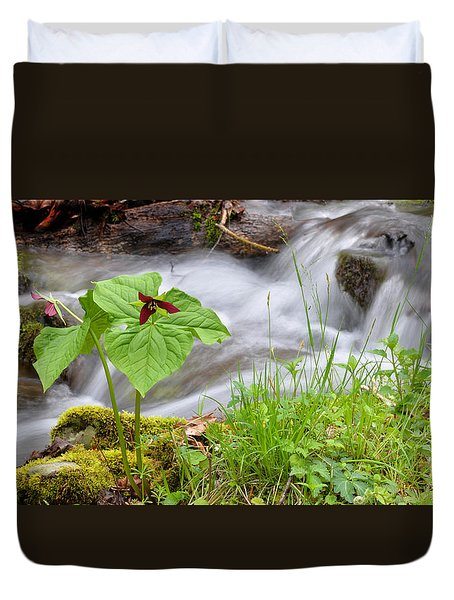Wake Robin By Stream Duvet Cover